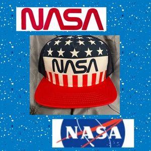 🪐NWT Vintage Logo NASA Hat🪐